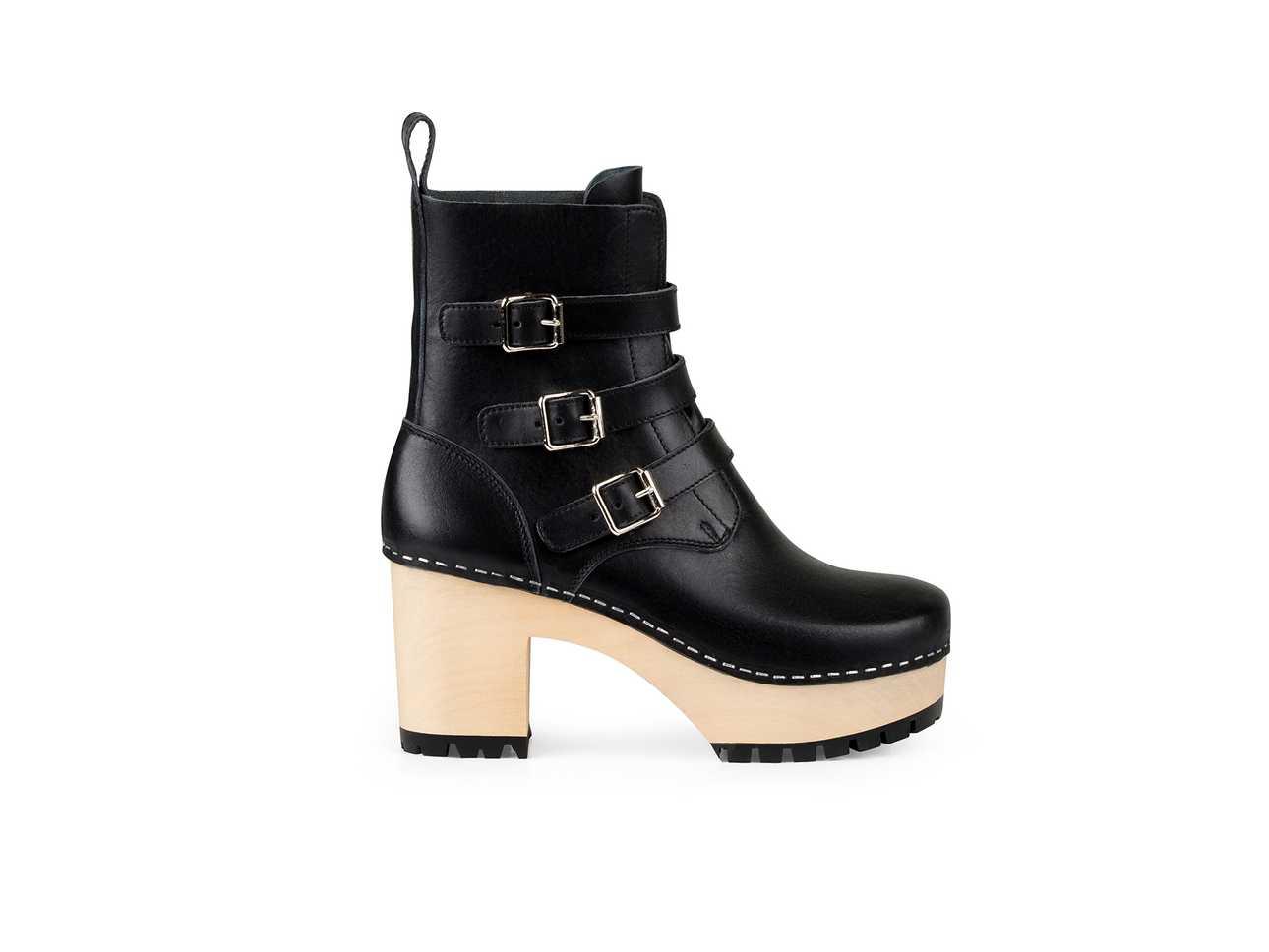 Buckle Boot Black