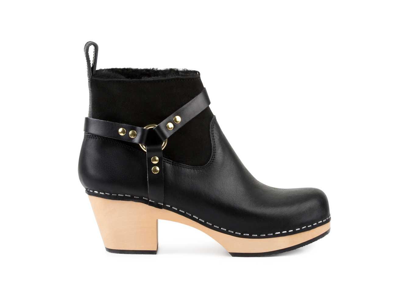 Rivet Boot Black
